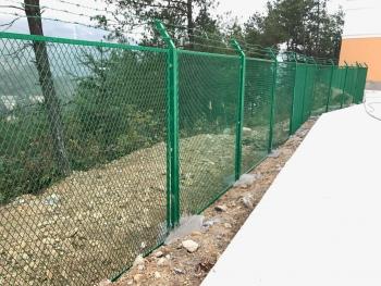 贵阳某学校围墙护栏