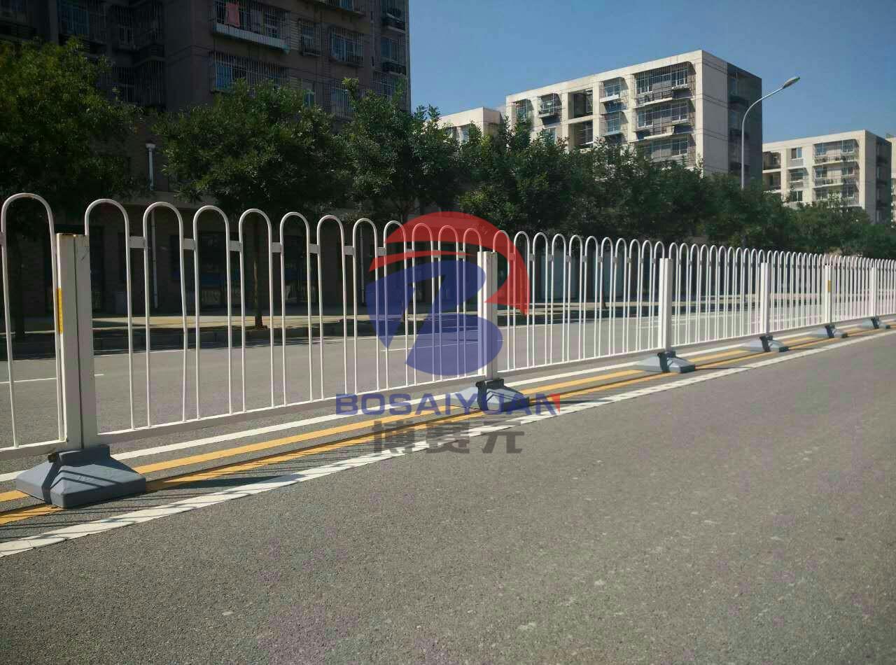 道路护栏网厂家